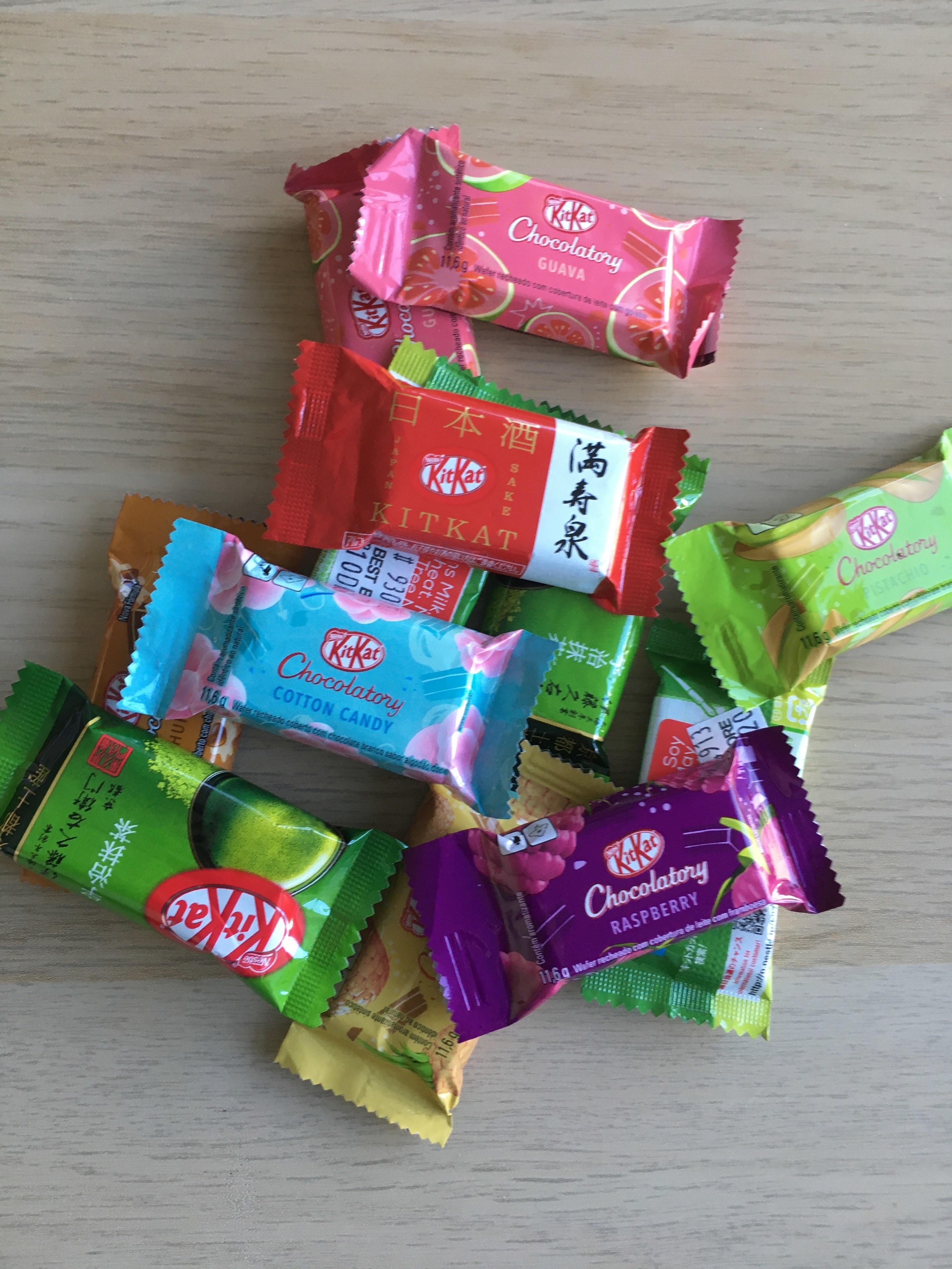 Mix of different mini-KitKats