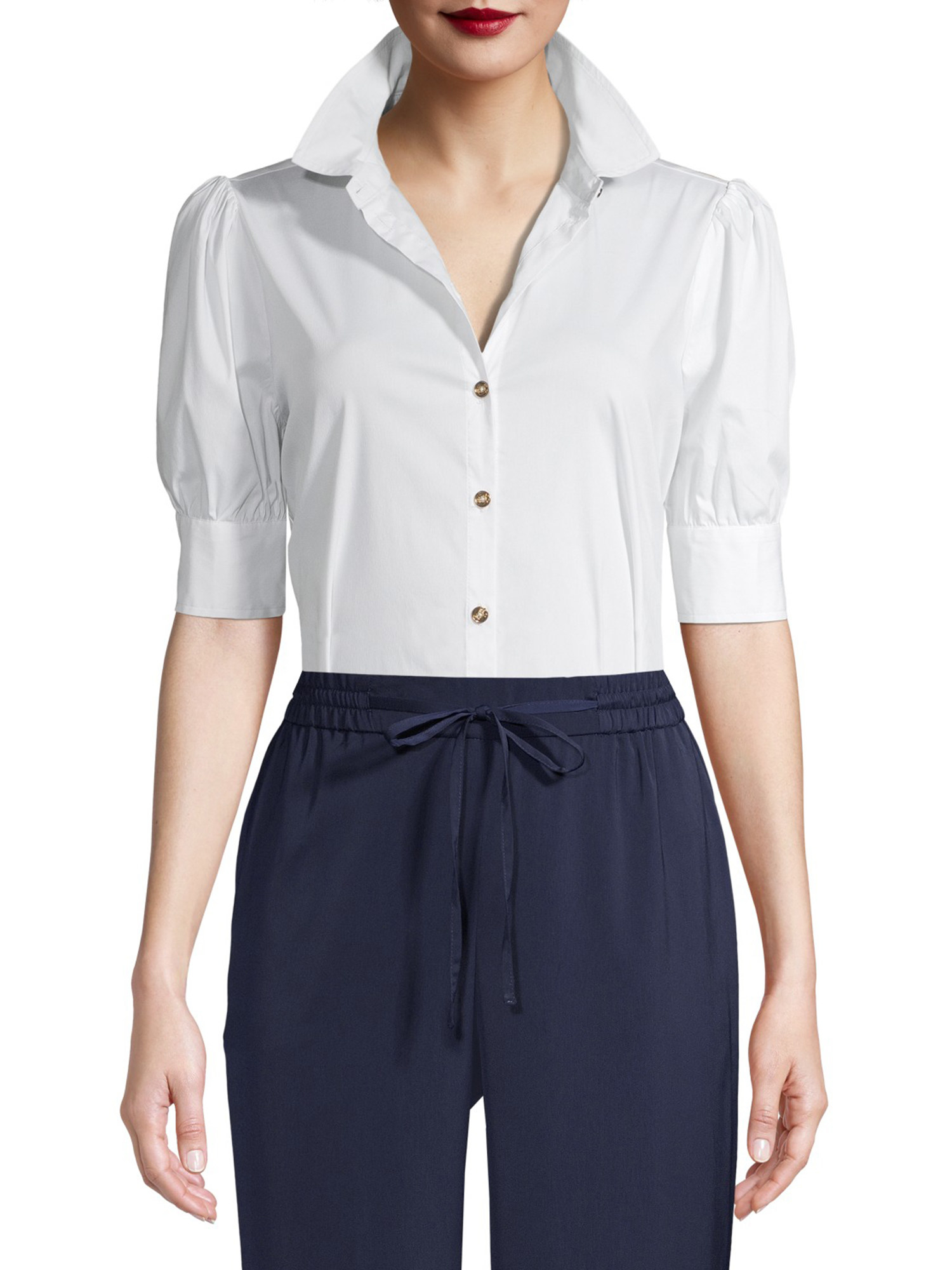 The white short sleeve buttoned blouse