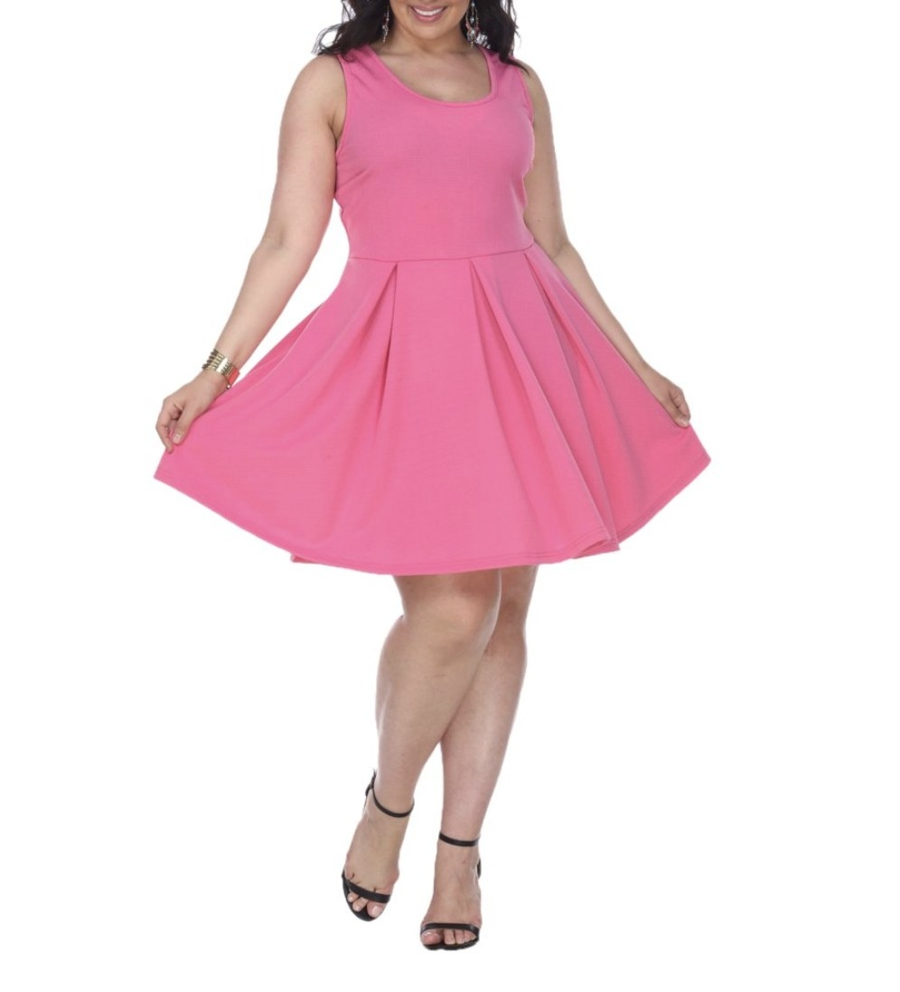 A model in a pink dress
