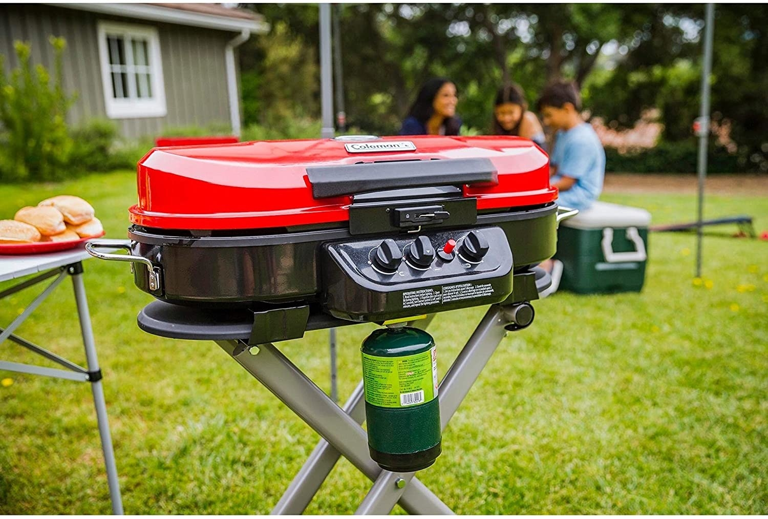 the portable propane grill in red