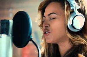 Beyoncé singing in the recording studio