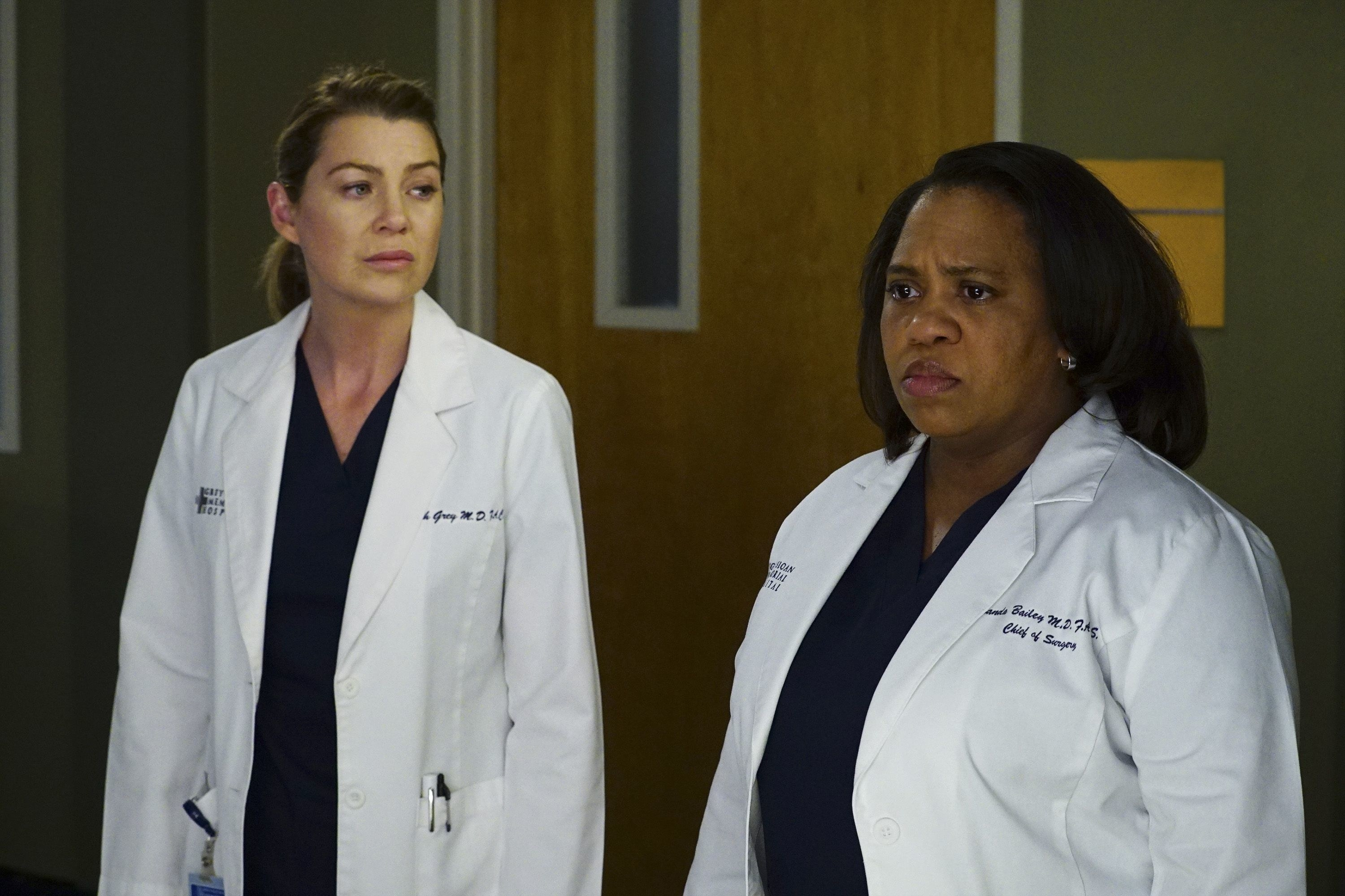 Ellen Pompeo and Chandra Wilson as Meredith and Bailey in Grey's Anatomy