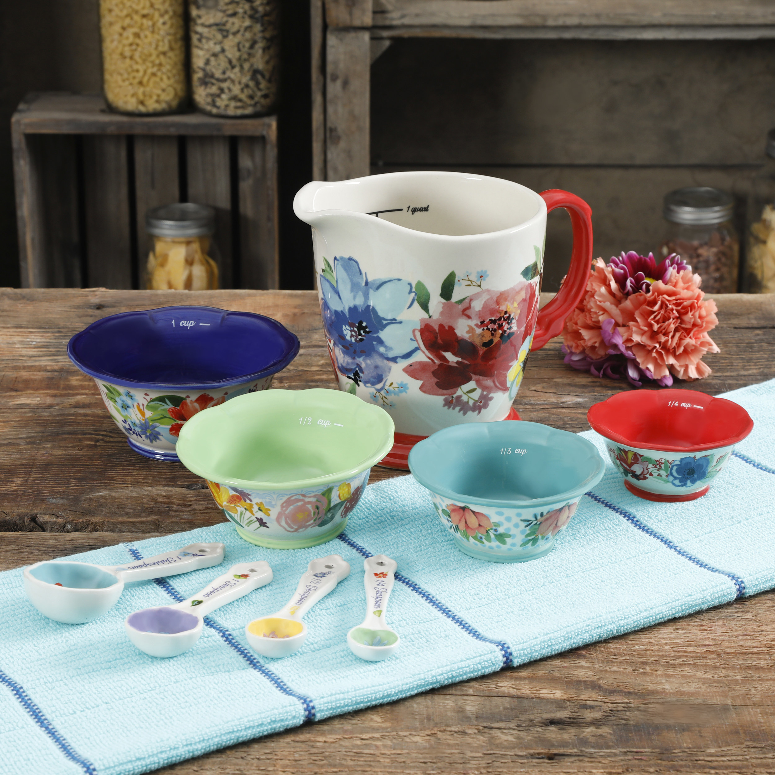 The colorful, floral prep bowl set