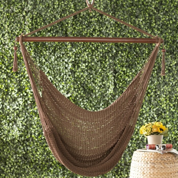 Plummer chair hammock in mocha