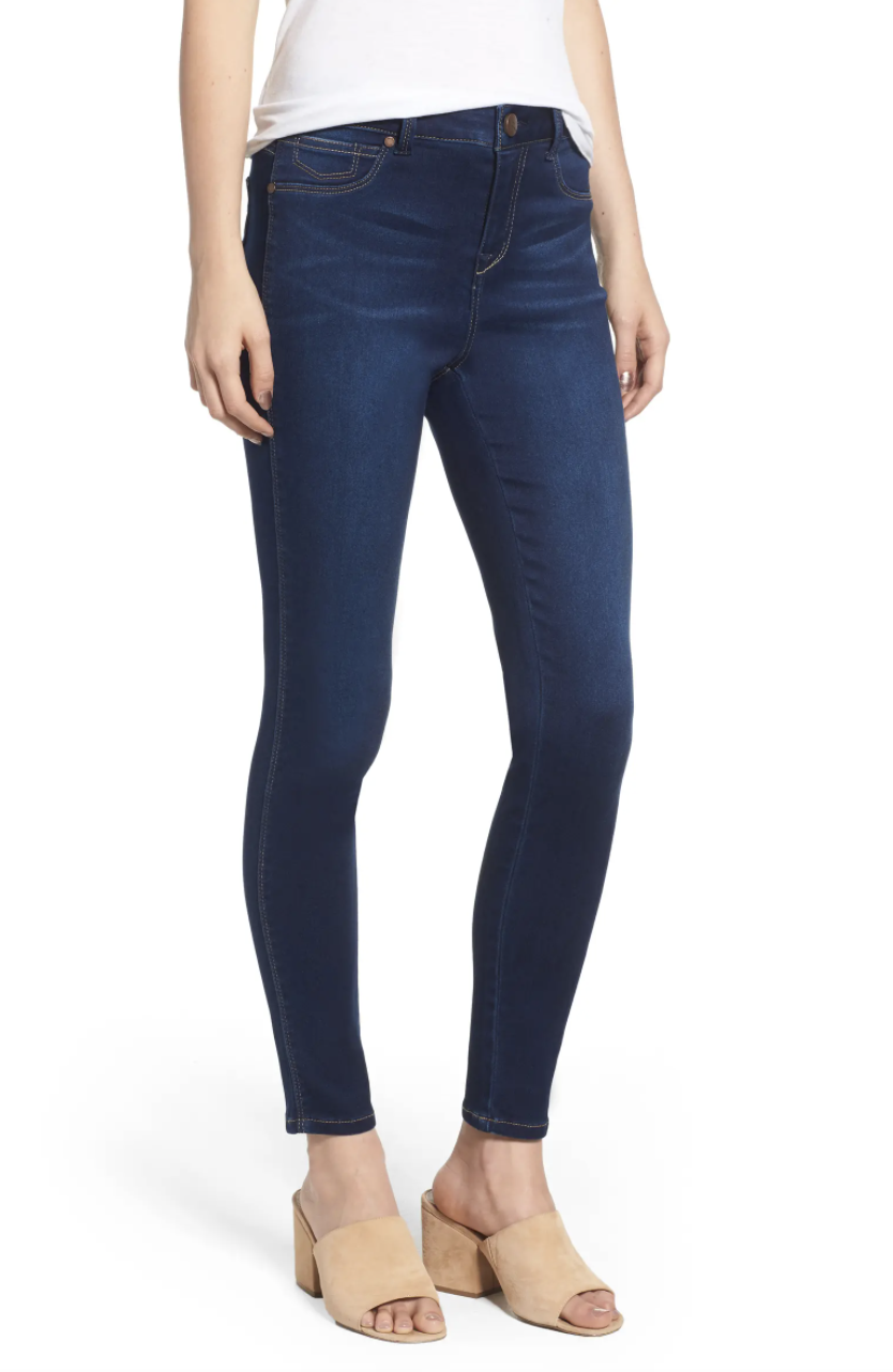 The high-rise jegging in dark blue