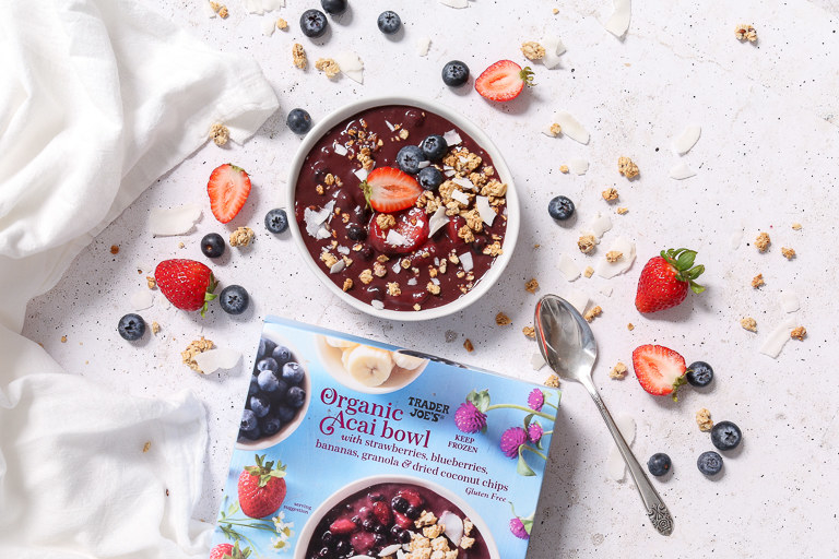 A flat lay image with a bowl of the acai.