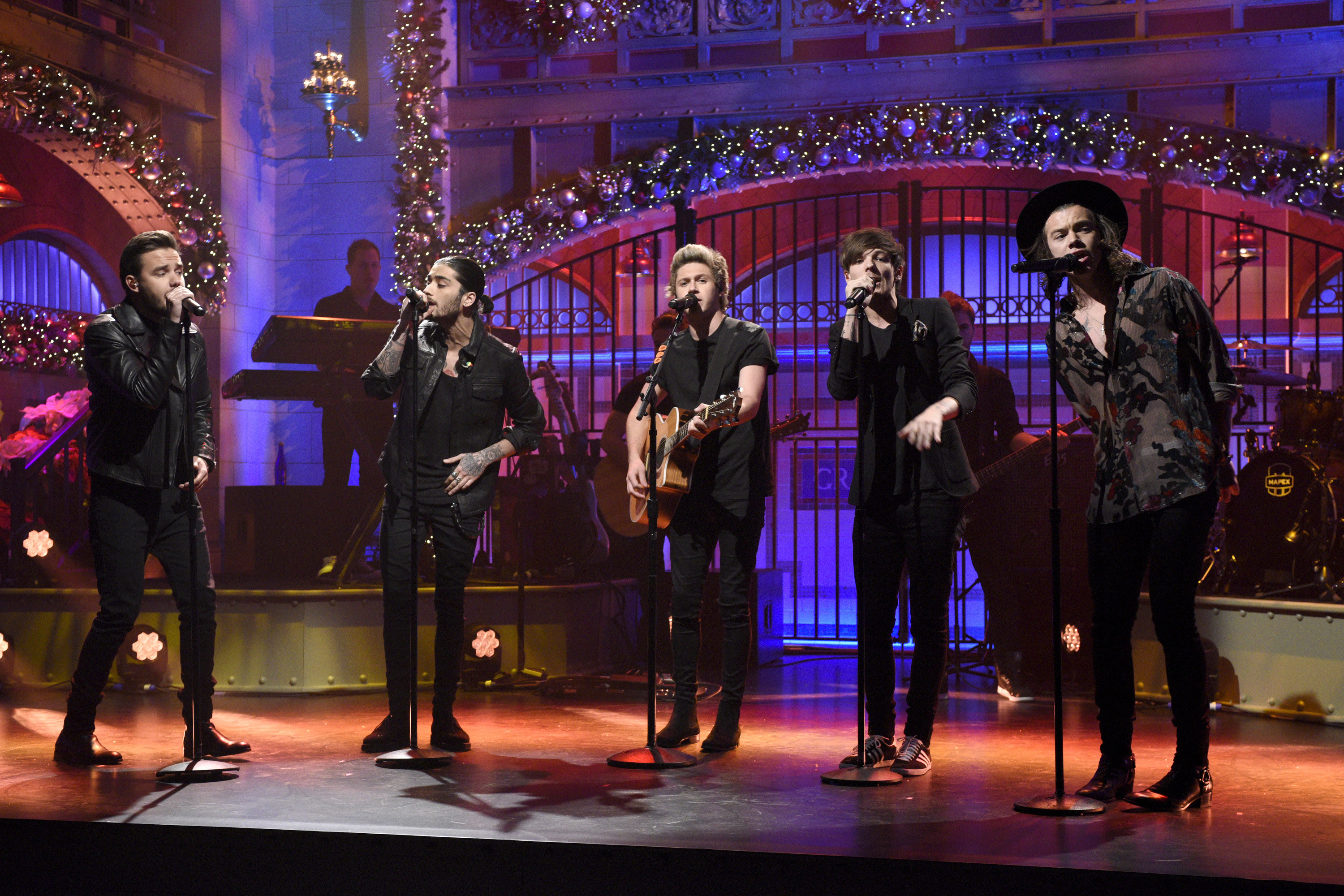 One Direction performing on Saturday Night Live in 2014