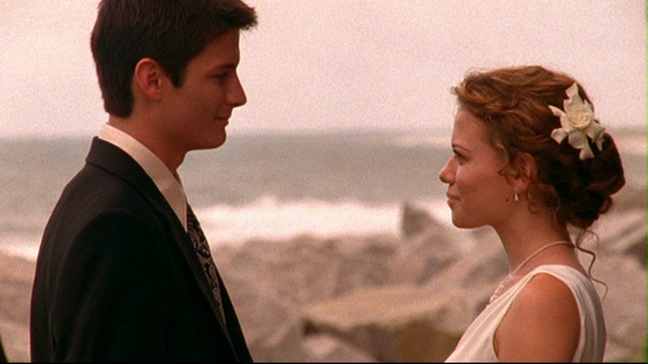 """Nathan and Haley wedding """"One Tree Hill"""""""