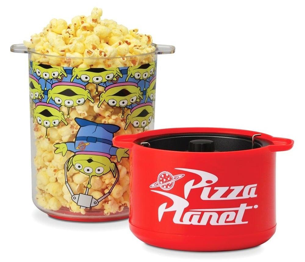 The popcorn maker