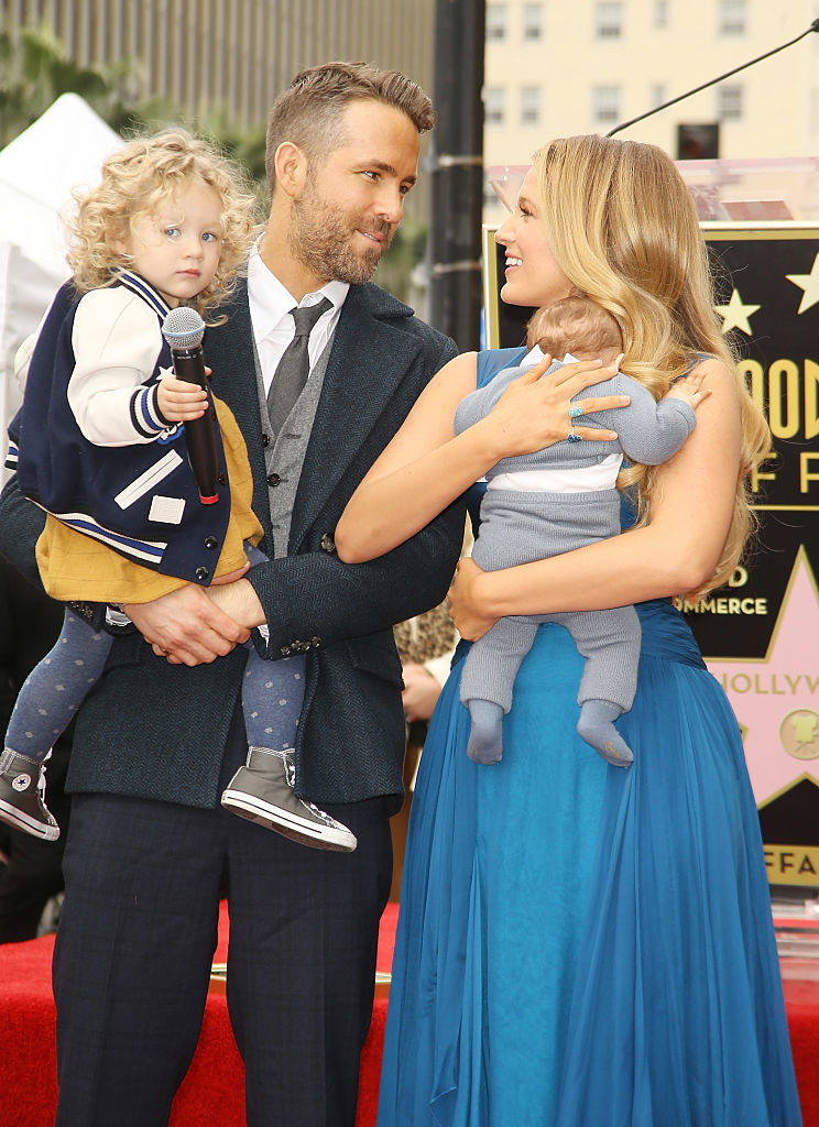 Ryan Reynolds and Blake Lively with their daughters on the red carpet