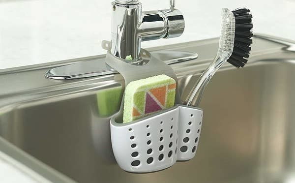 The sink caddy that hooks around faucet