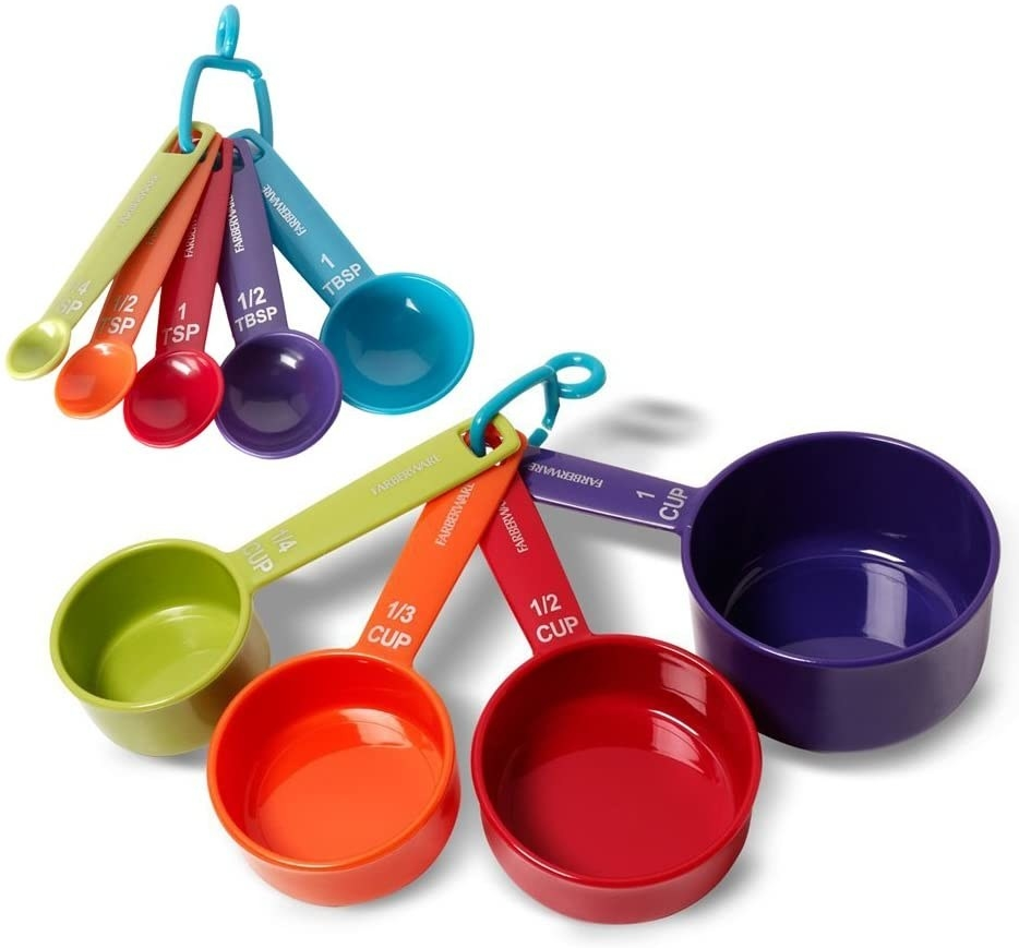 A set of five measuring spoons for 1/4 teaspoon to one tablespoon, and a set of four measuring cups for 1/4 cup to one cup