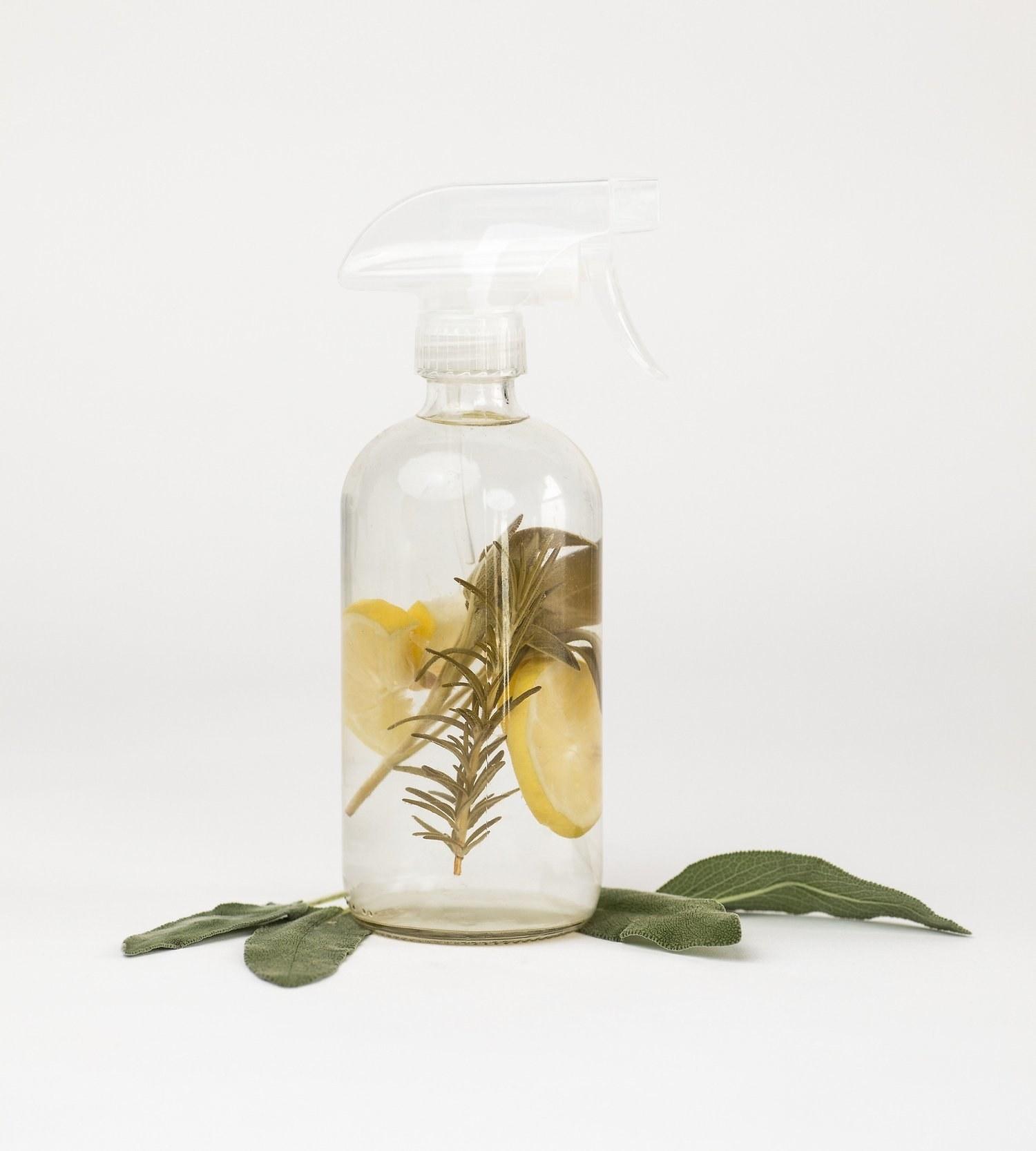 The multipurpose cleaner spray bottle
