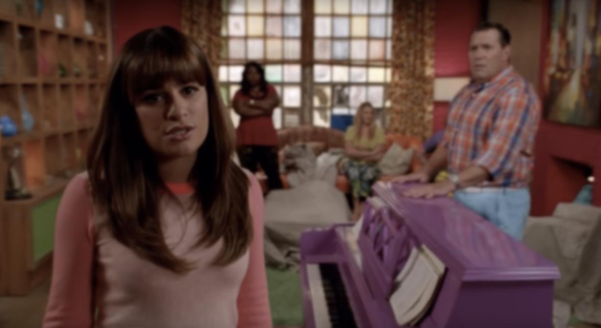 Rachel in scene from TV show pilot that got canceled