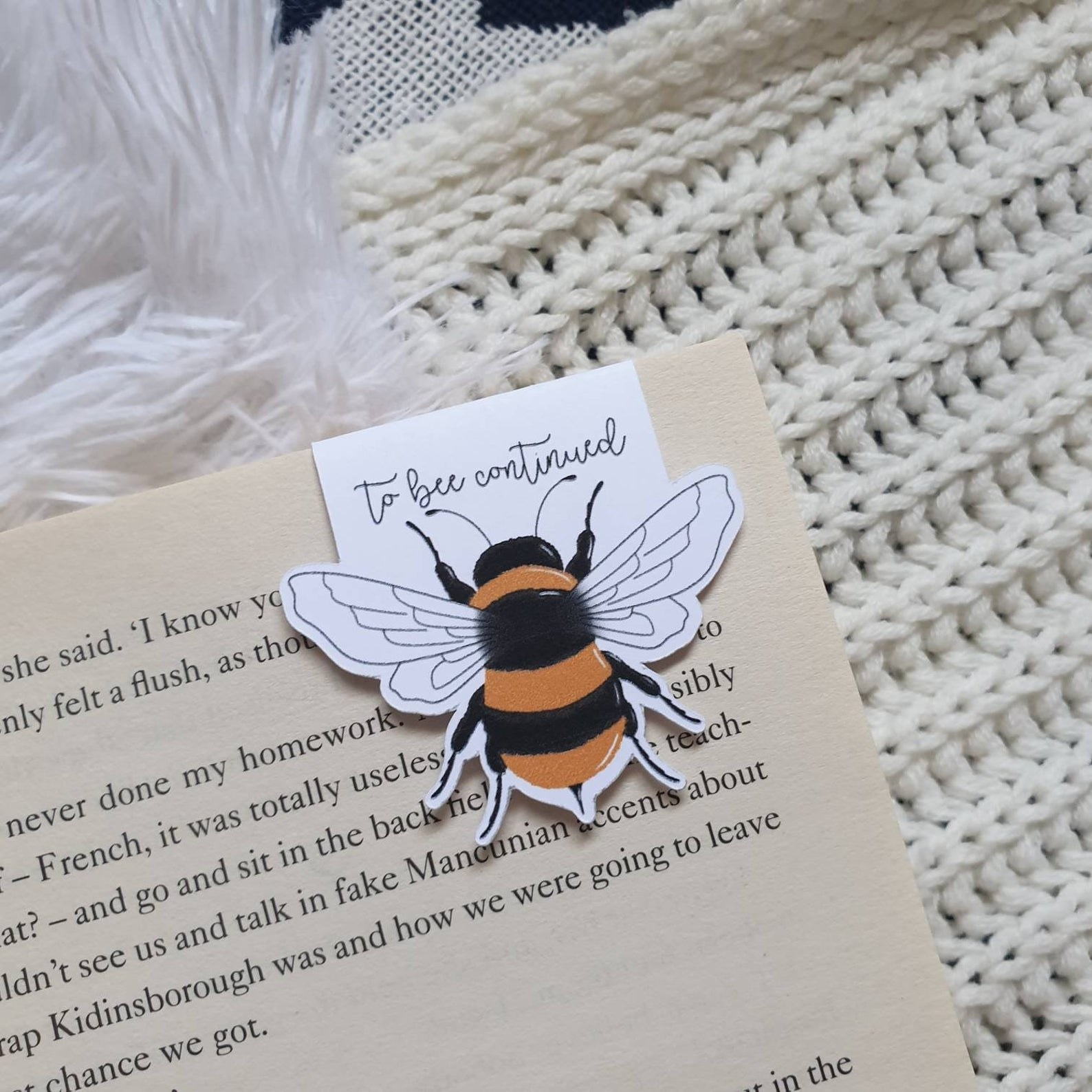 the magnetic bookmark with an illustrated bee
