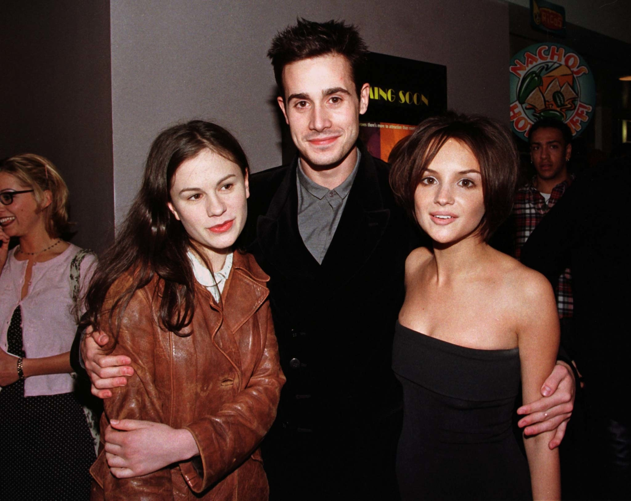 Anna Paquin, Freddie Prinze, Jr., and Rachel Leigh Cook