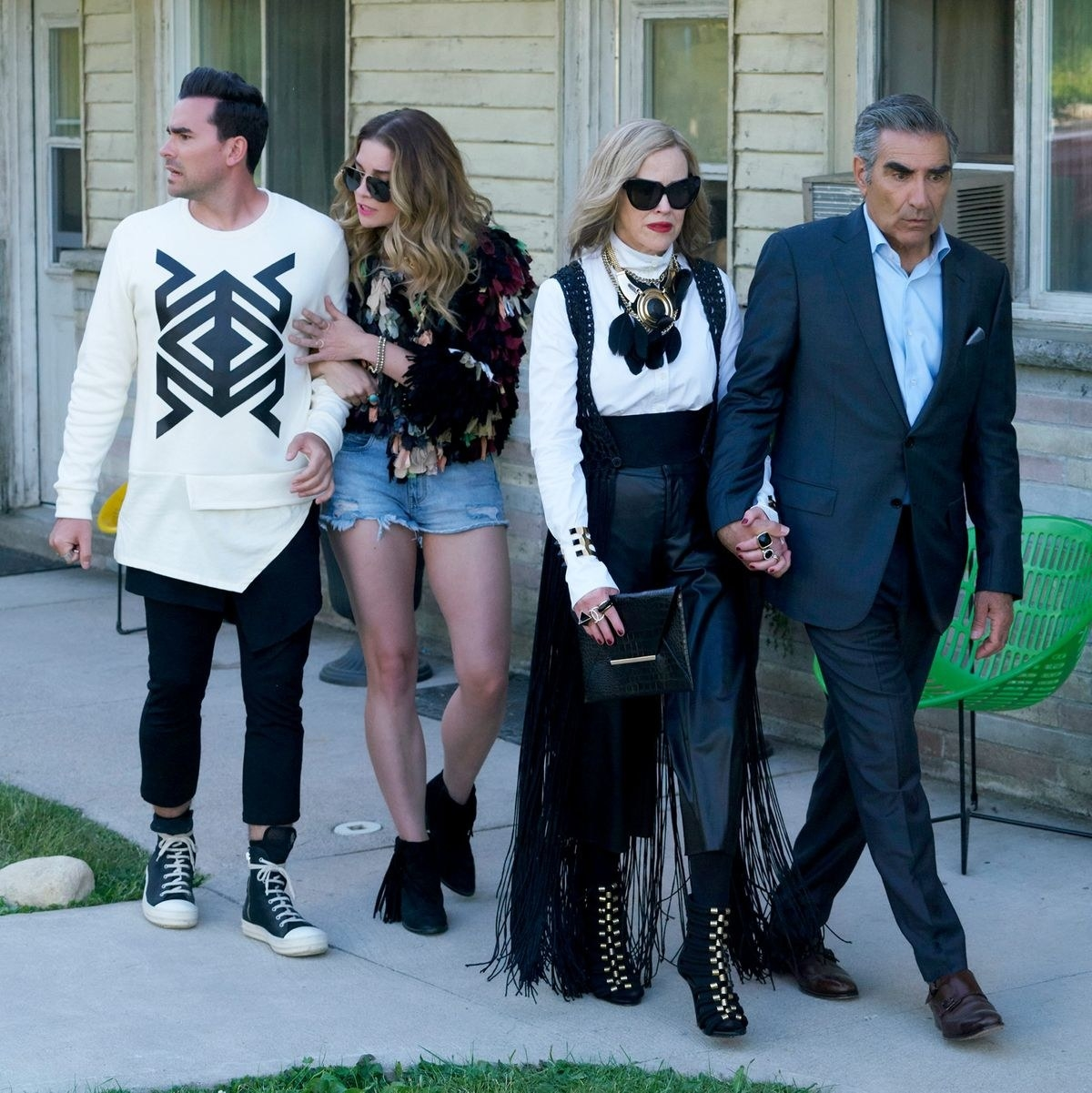The Rose family walks around Schitt's Creek for the first time in disgust