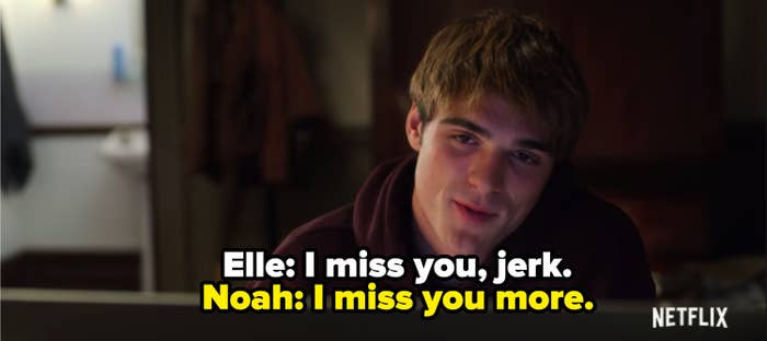 """Jacob Elordi as Noah Flynn facetiming Joey King as Elle Evans in """"The Kissing Booth 2"""""""