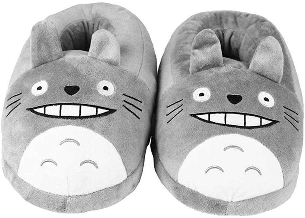 A pair of Totoro-shaped soft slippers