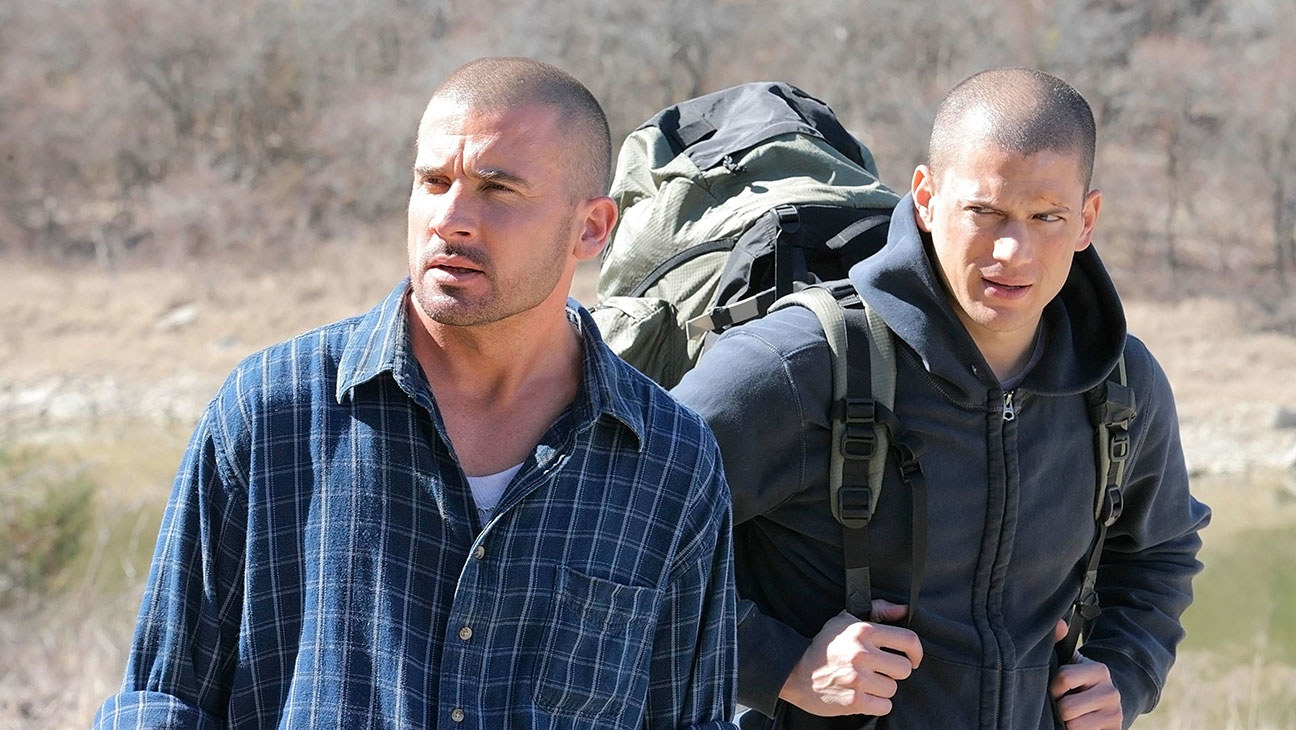 Dominic Purcell and Wentworth Miller as Lincoln and Michael