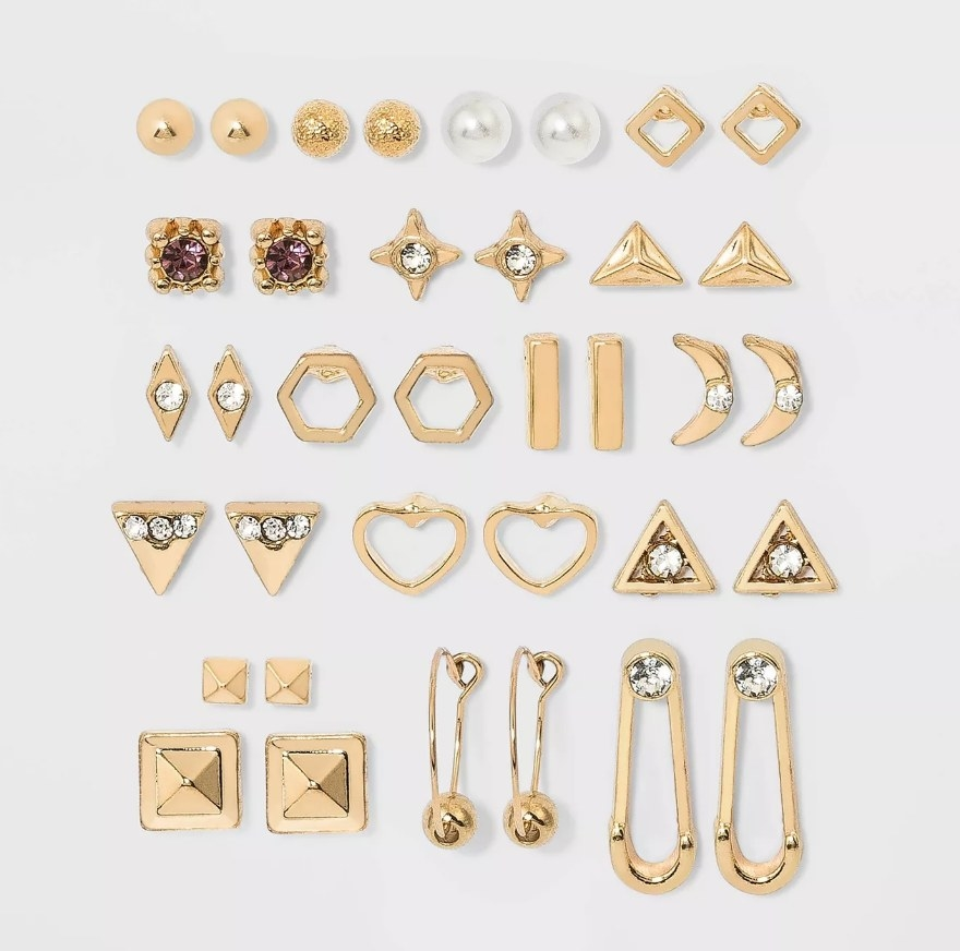 a set of 18 different earrings