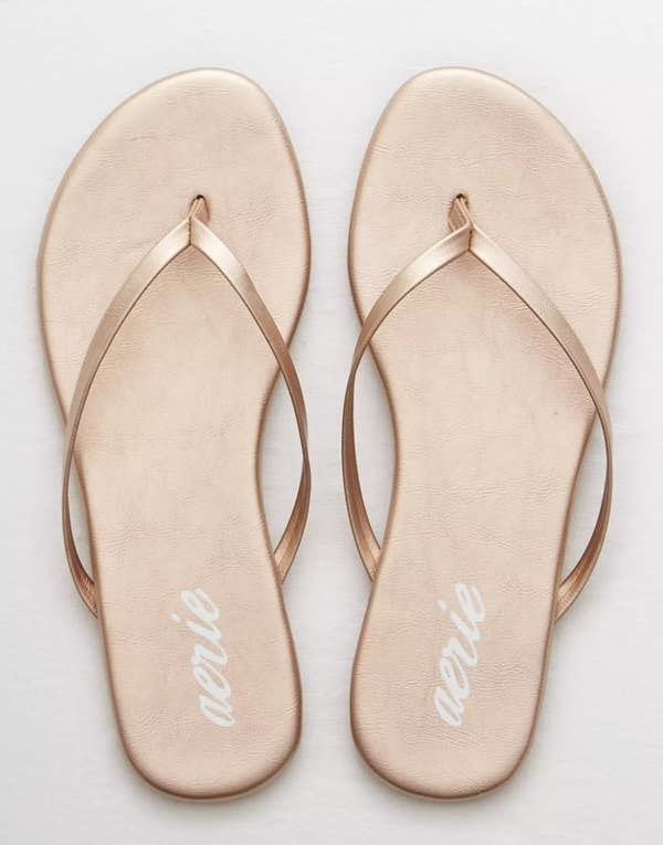 The sandals in rose gold