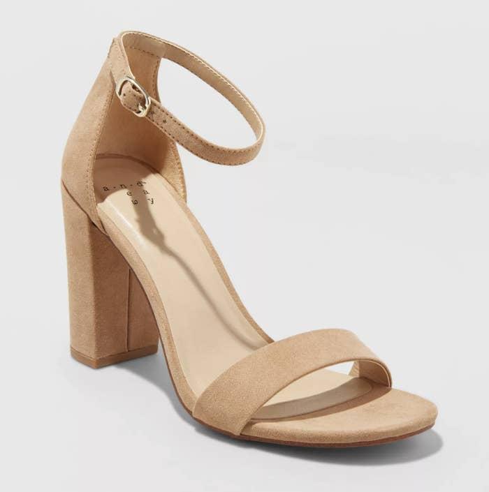 the nude block heel