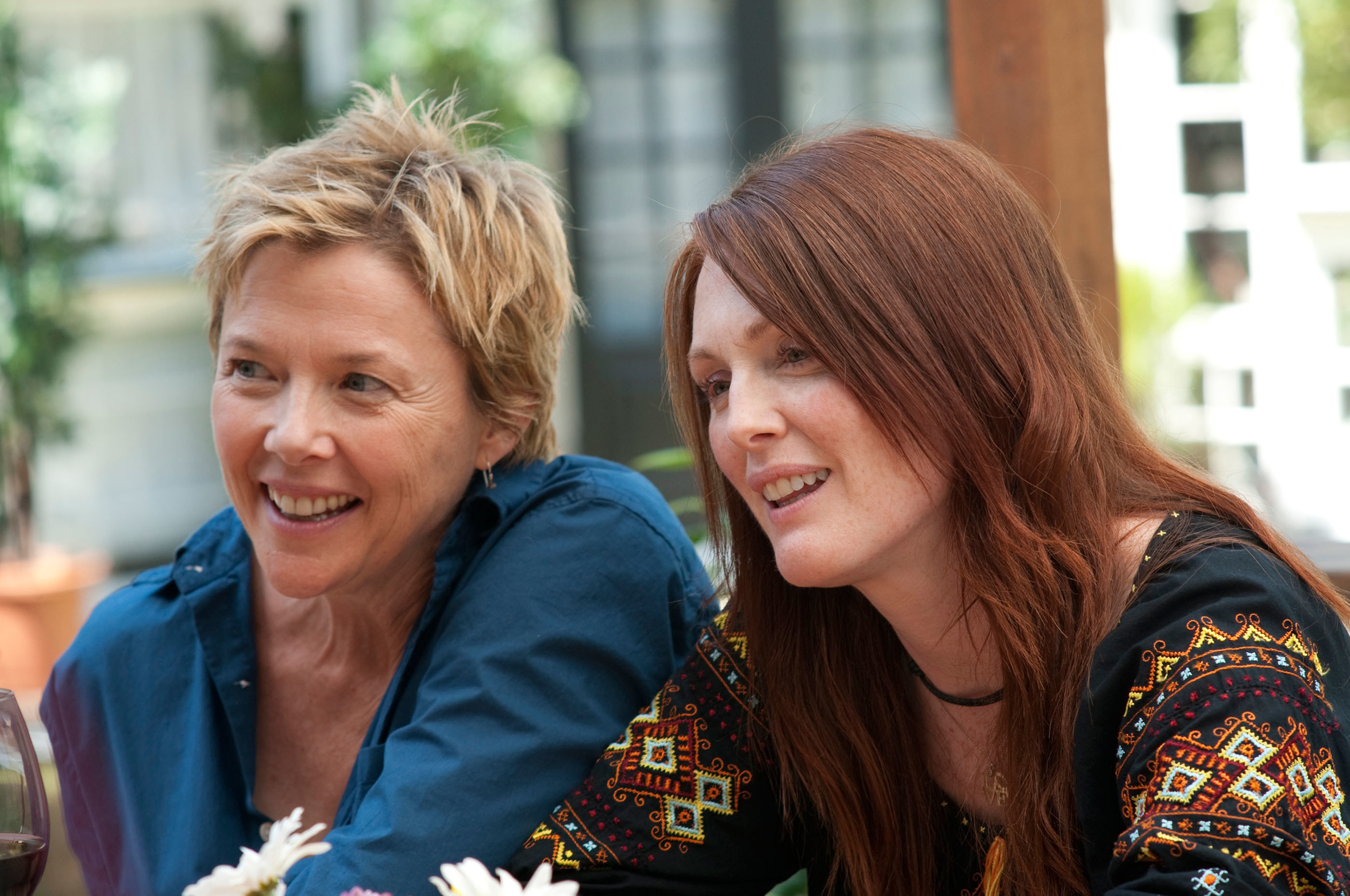 """Julianne Moore and Annette Bening in """"The Kids Are All Right"""""""