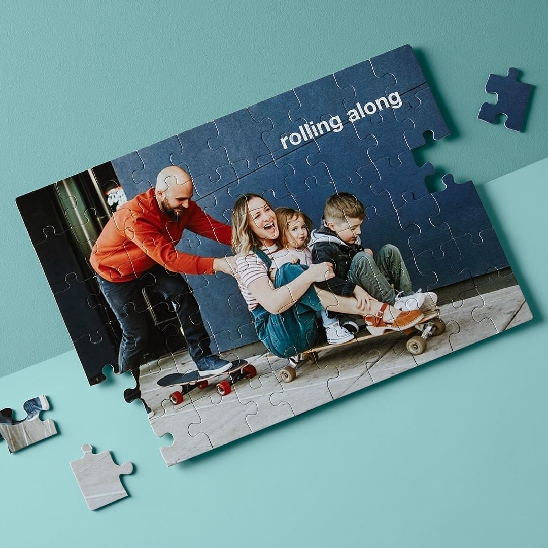 Puzzle of a custom family photo
