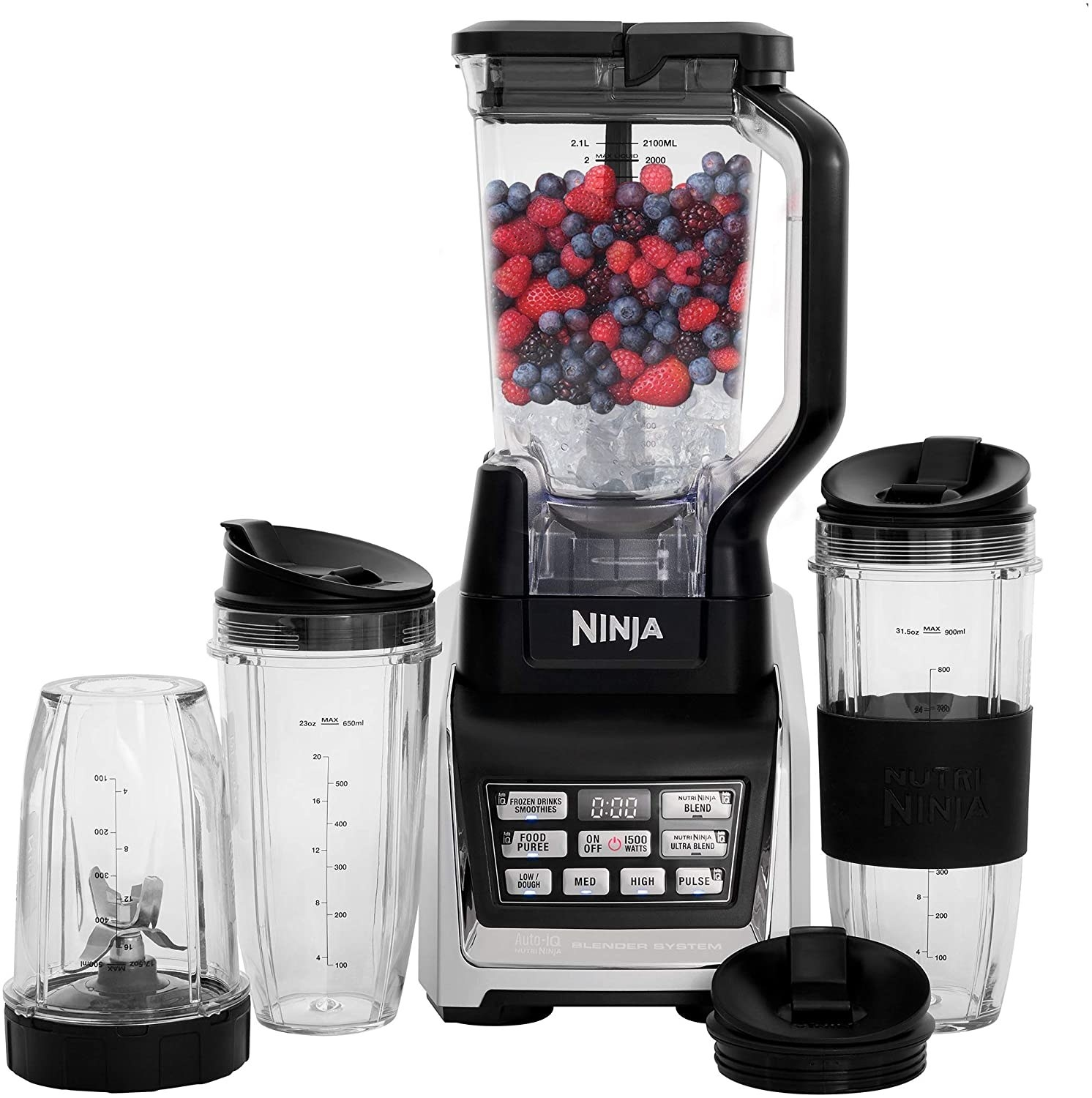 The blender and the accessories