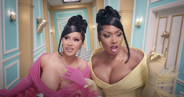 Cardi B Defends Kylie Jenner S Wap Cameo Following Backlash