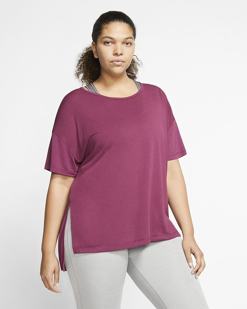 Model in the pink tee
