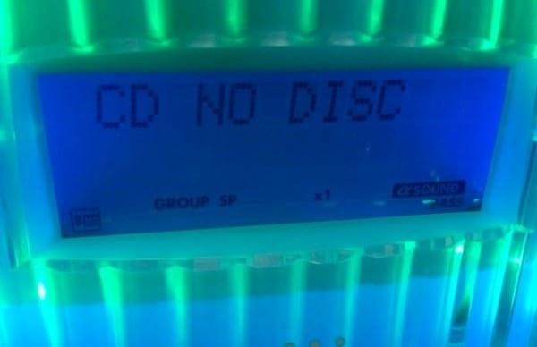 cd player reading cd no disc