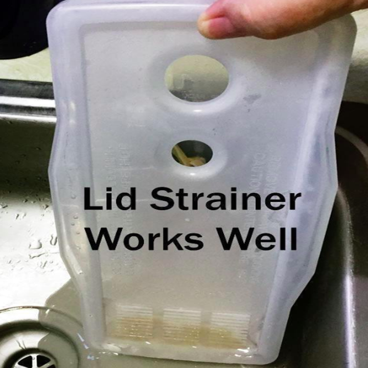 A person demonstrating that the lid strainer on the pasta maker works well