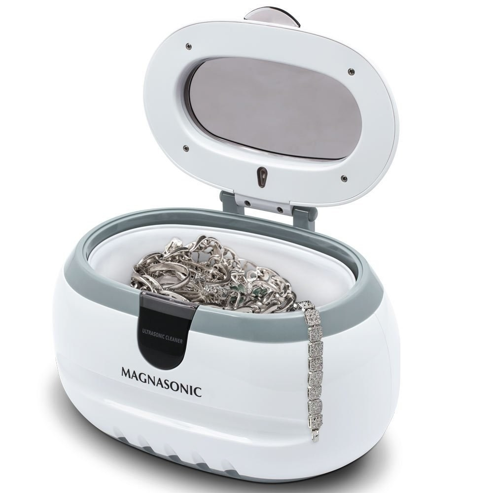Jewellery in a cleaning machine