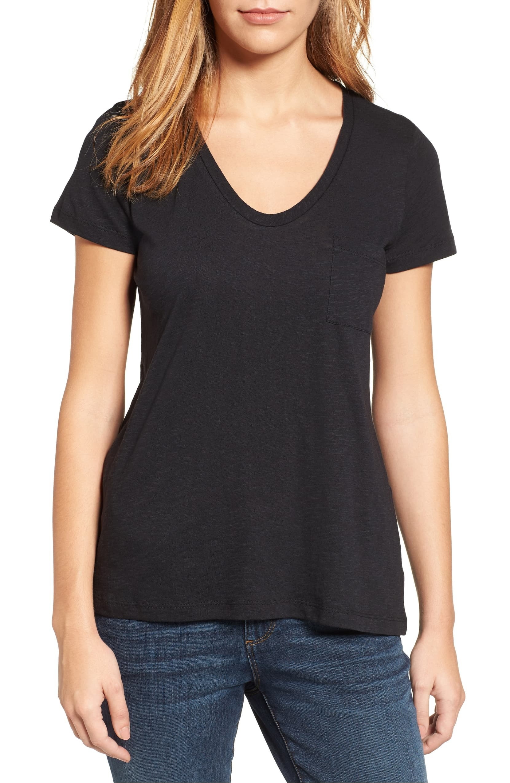 A model wearing the Caslon Rounded V-Neck T-Shirt.