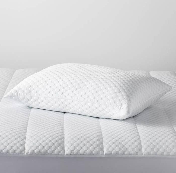 The white textured pillow