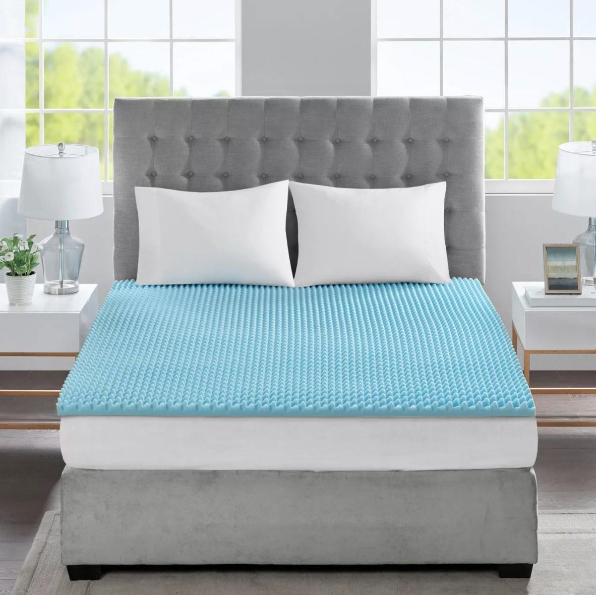 The light blue texture memory foam mattress topper