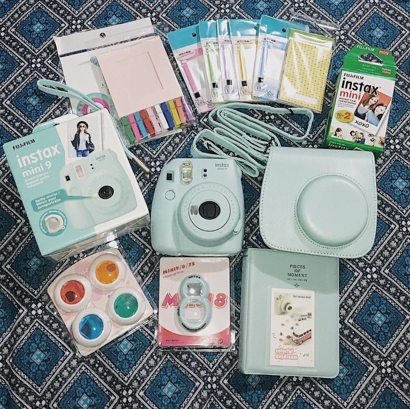 Reviewer photo of the bundle and light blue camera