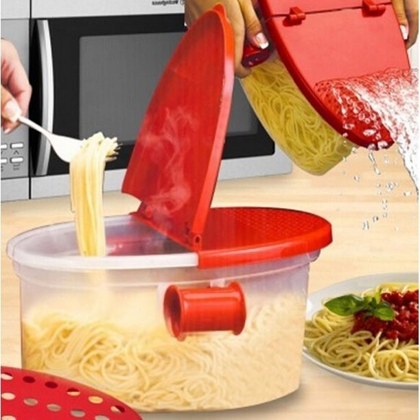 Product photo showing microwave pasta cooker