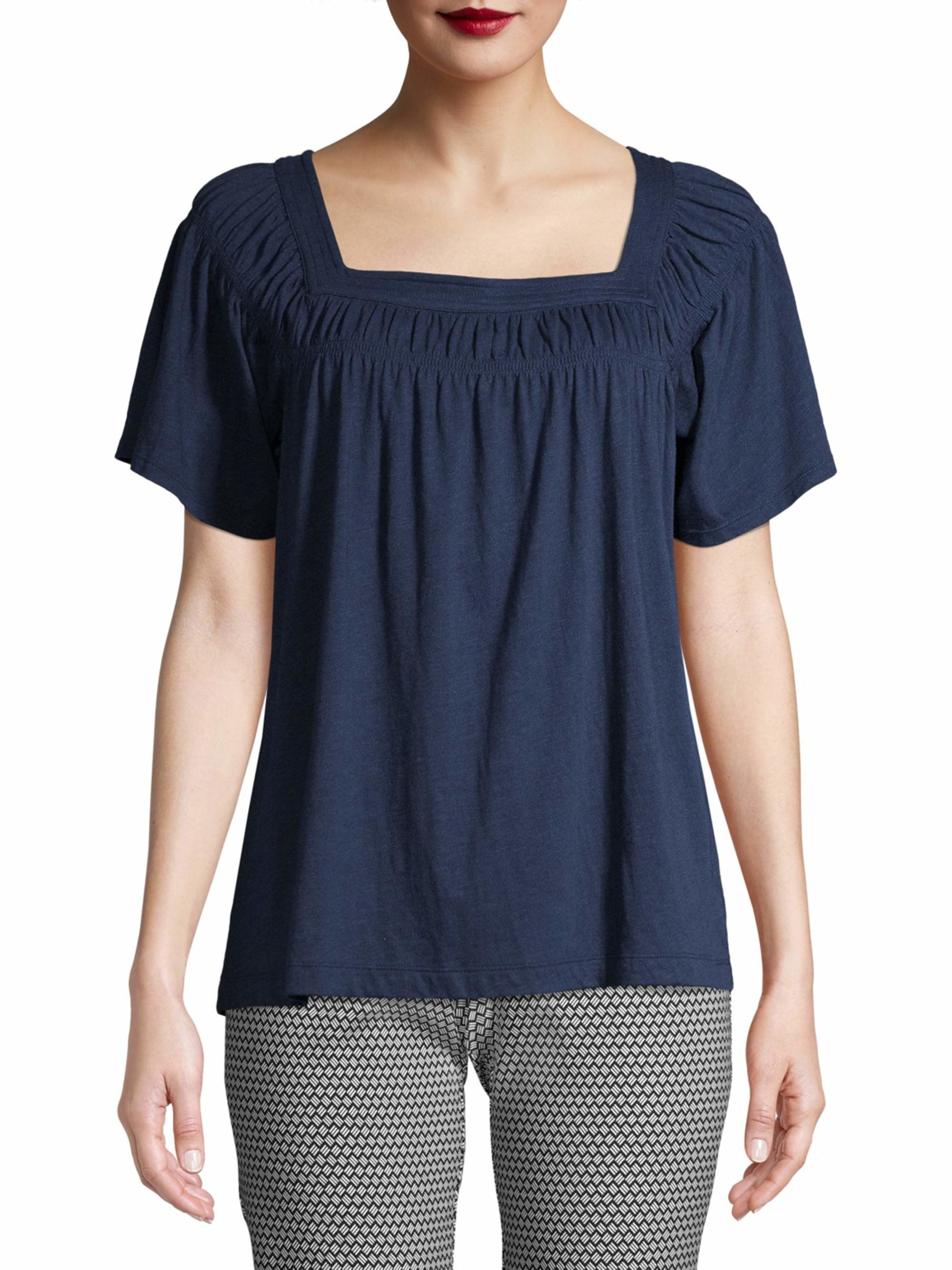 Model in a navy ruched square neck tee