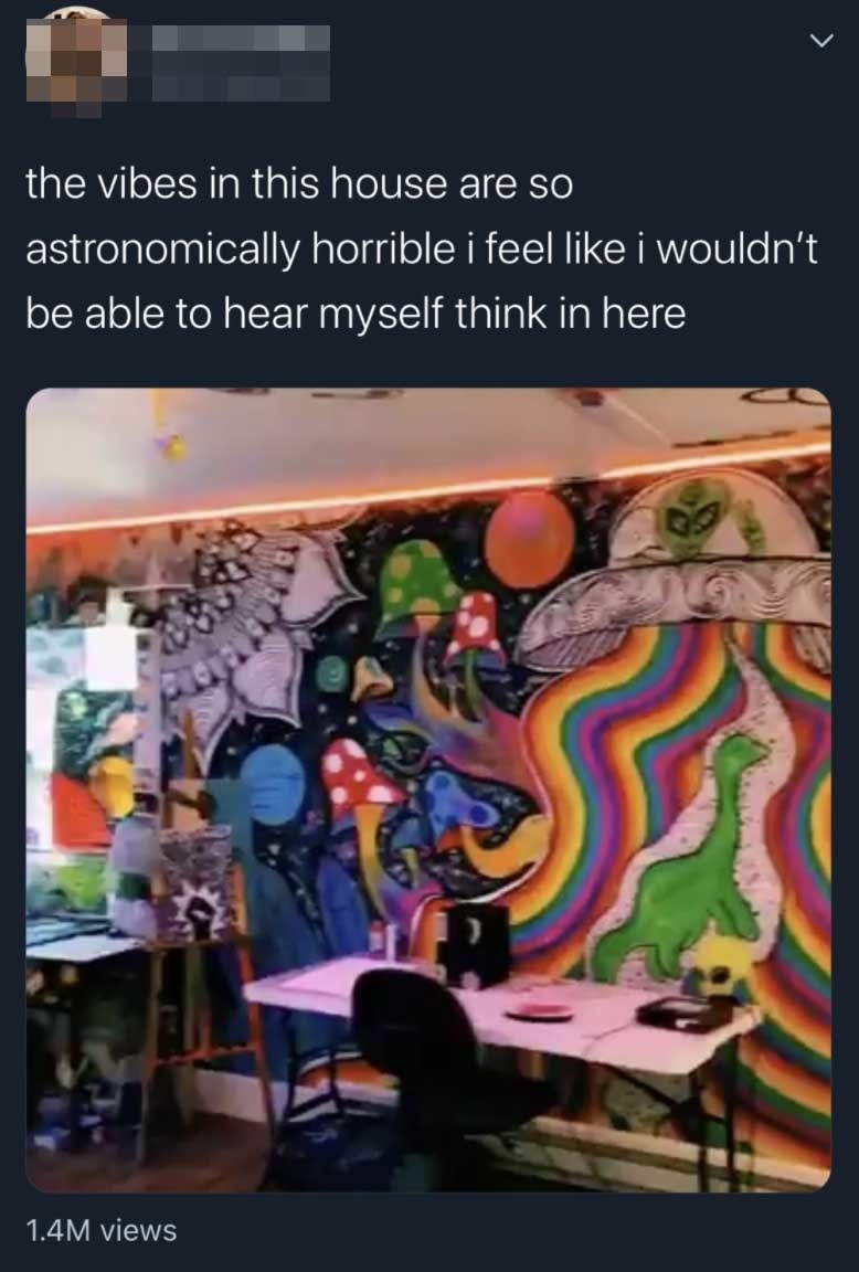 The aforementioned tweet including an image of Saturn's room where the mural depicts a UFO with rainbow streams underneath alongside mushrooms, stars, and planets