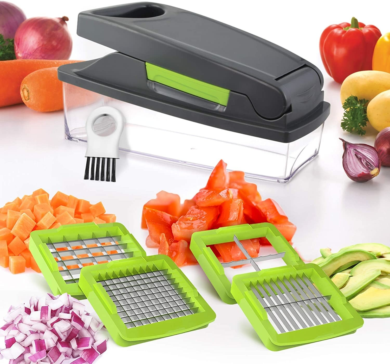 The vegetable chopper and its four blades