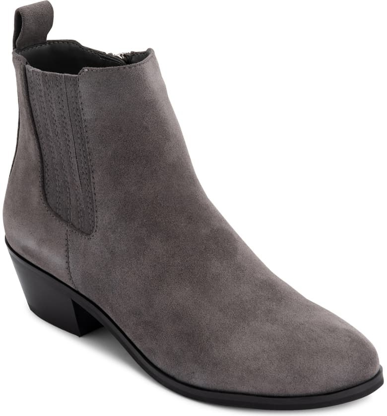 The bootie in grey seude