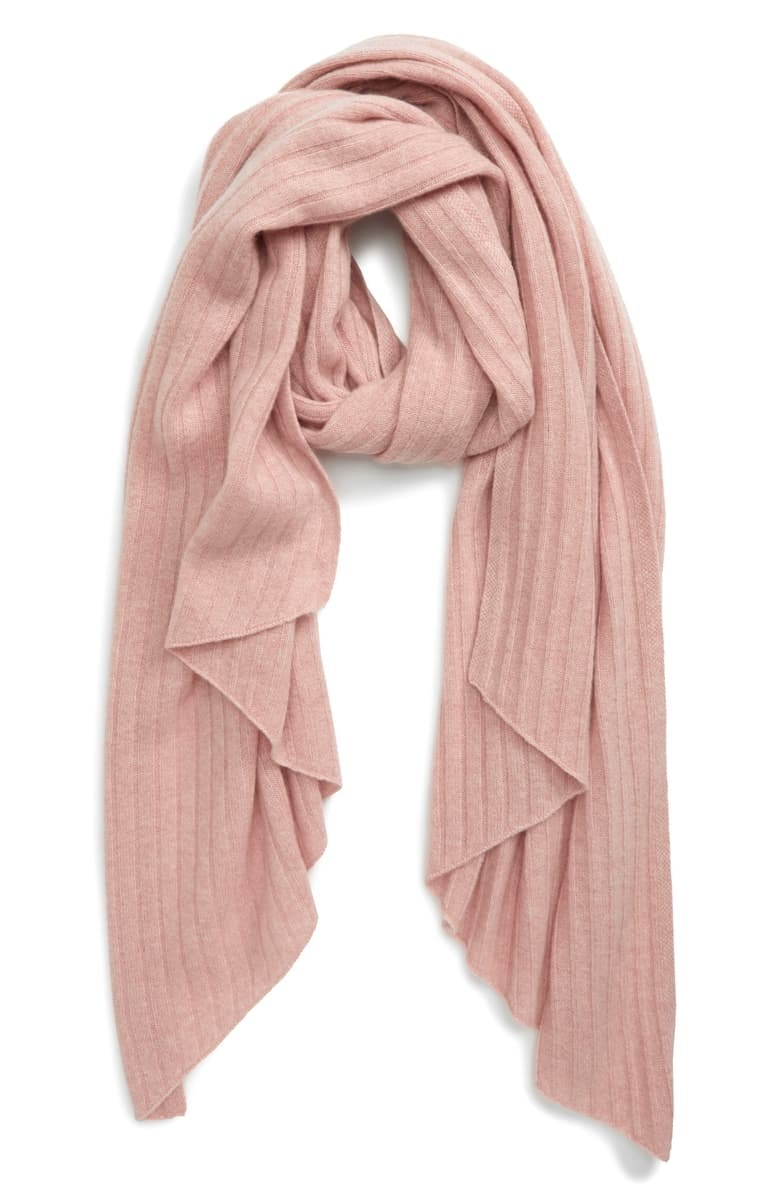 The scarf in pink rosecloud