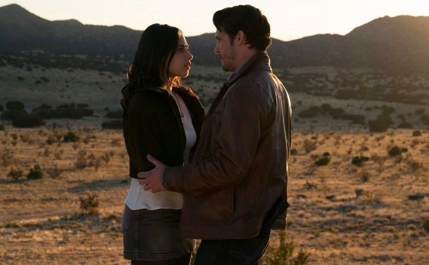 Roswell, New Mexcio still: Liz stands in Max's arms in the desert