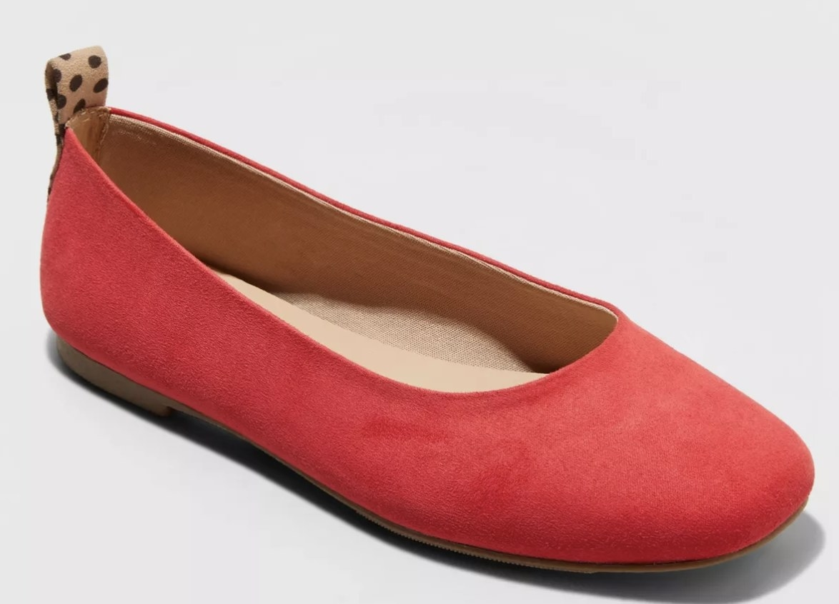 The shoe in red