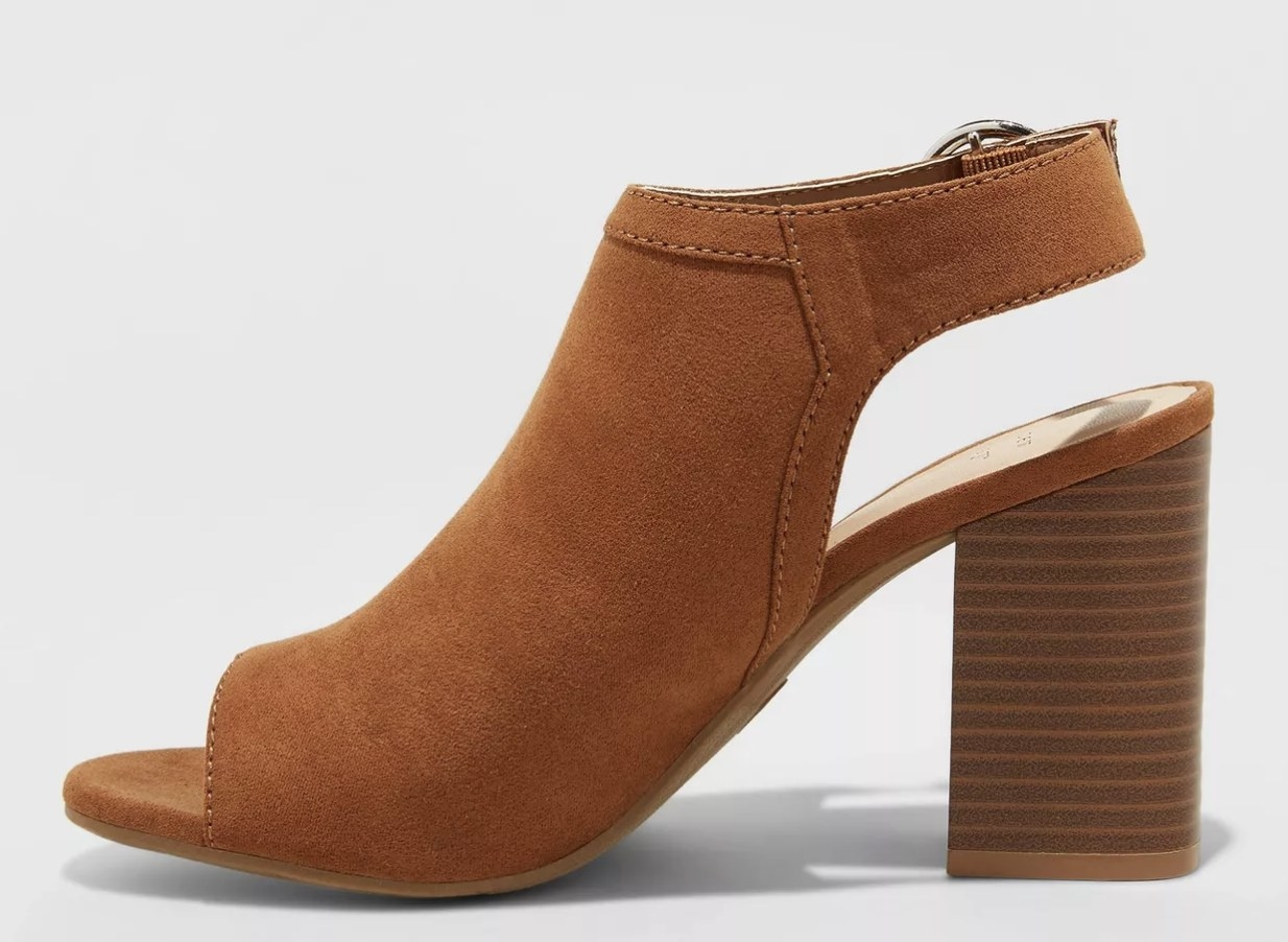 The shoe in cognac