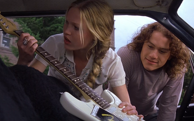Patrick give Kat a guitar as an apology in 10 Things I Hate About You