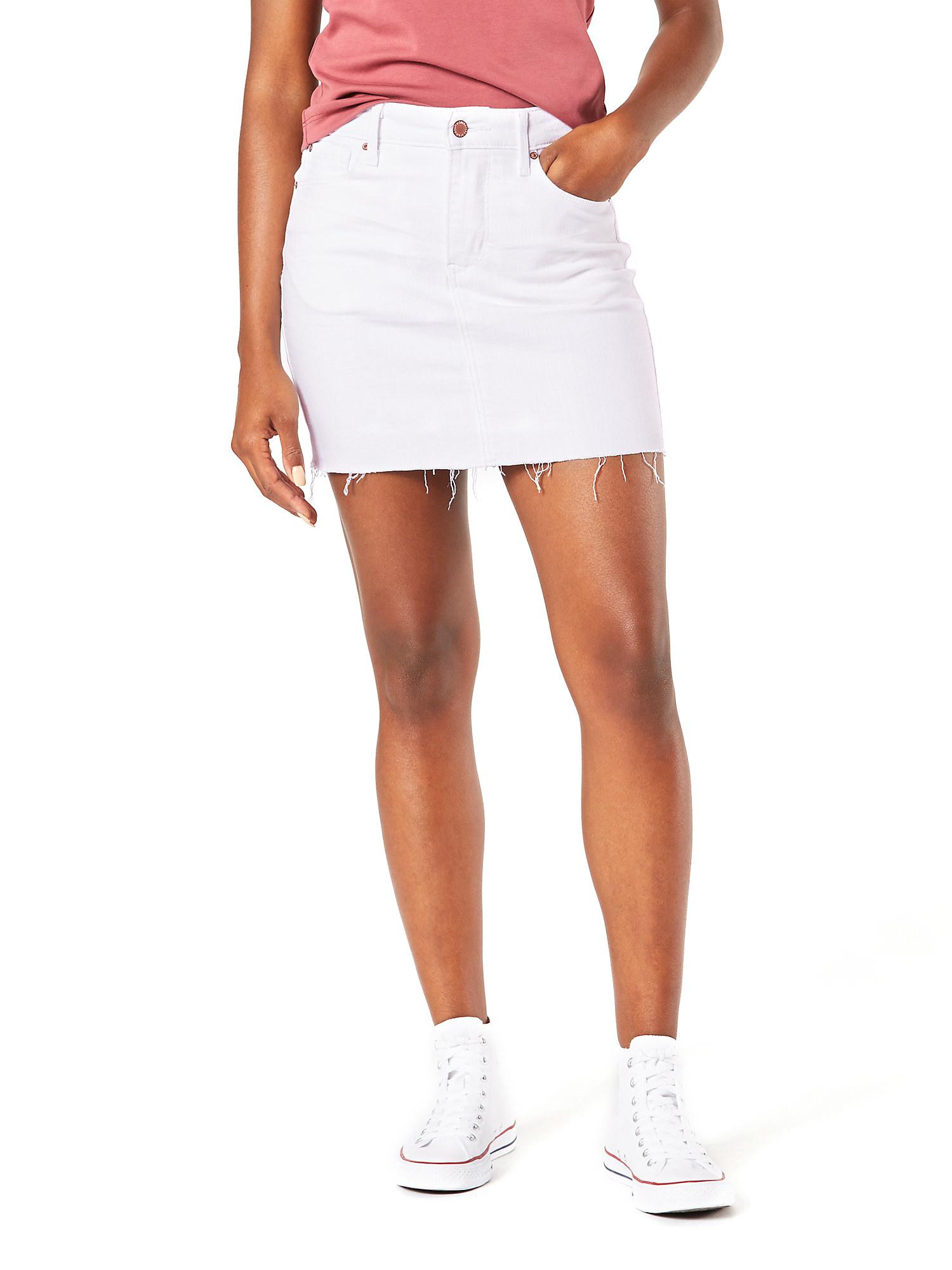 The white skirt